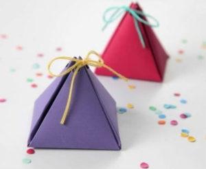 Подарочная коробочка в виде пирамиды своими руками