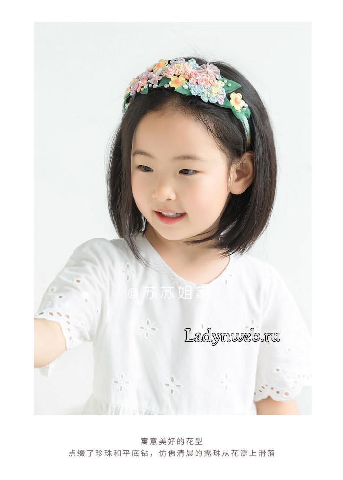 Ободок для волос с вязаными цветами своими руками